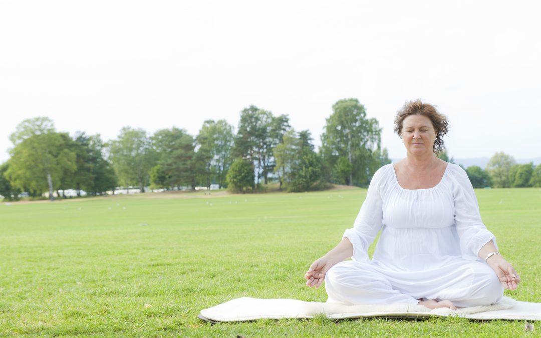 8 Gode grunner til å praktisere kundaliniyoga